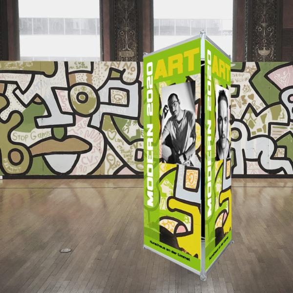 ExpoDruck Triple Select dreifach gross Display dreieckig Druck bestellen Messe Ausstellung POI