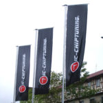 ExpoDruck Hochformatfahnen Knatterfahnen Fahnenfabrik Druck Fahnen Auslegerfahnen
